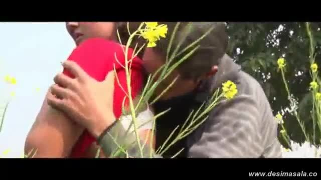 Desimasala.co - young booby girls navel kissed and boob grab in jungle