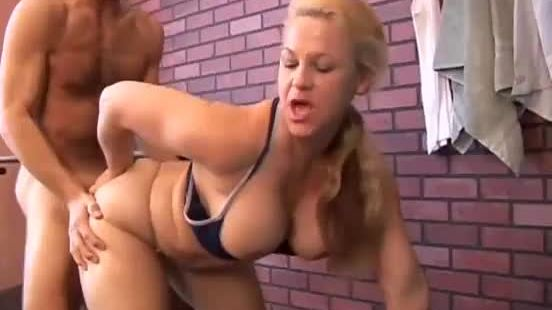 Gorgeous mature blonde summer loves to fuck